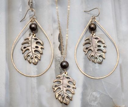 Monstera leaf hoop earrings and necklace